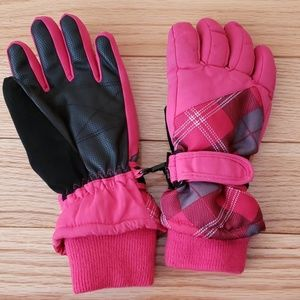 Girls Thinsulate Insulation 80 gram Gloves